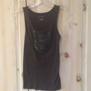 Banana republic brown tee with beading